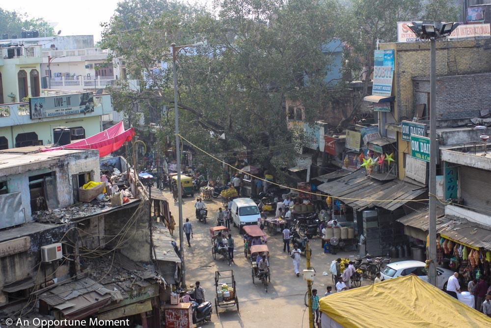 A Delhi street scene from above