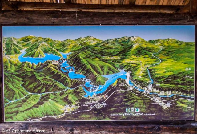 An attractive, but not to scale, map of the Plitvice Lakes