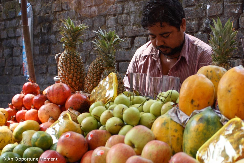 This street vendor's juices were made from only freshly-squeezed fruit -- no added water.
